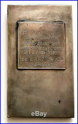294. Art nouveau. Bronze argenté. VICTOIRE 1947 par E. De Bremaecker