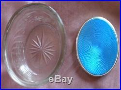 Boîte ovale Cristal gravé & taillé Bouchon argent massif émaillé bleu & vermeil