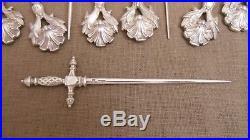 CHRISTOFLE coquille 12 Piques Hâtelet Art Nouveau en métal argenté et 1 épée