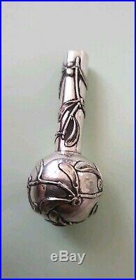Exceptionnel et Rare Jolie Pommeau de Canne Argent Massif Décor Art Nouveau
