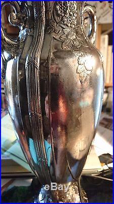 GALLIA BELLE PAIRE DE GRANDS VASES ART NOUVEAU METAL ARGENTE MONTE MARBRE 33 cm