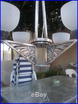 Lustre bronze argente et pate de verre moderniste art deco nouveau 4 lumiere