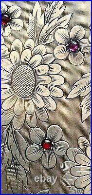 Poudrier en argent massif or vermeil et rubis 1940 Rare maison Boucheron Paris