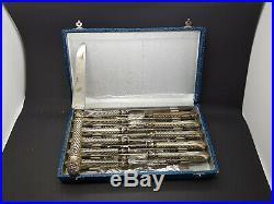 Série de 12 couteaux manche argent massif Art nouveau 1900