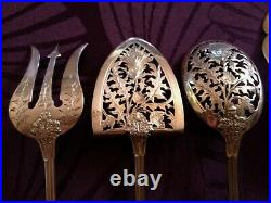 Splendide service à Mignardise au décor de chardons en argent massif, ART NOUVEAU