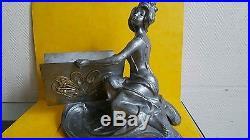 Statue ART NOUVEAU /ART DECO en métal argenté de Clara Pfeffer circa 1900